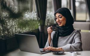 زنان مدیر در رشد یک سازمان چه نقشی دارند؟زنان مدیران بهتری هستند یا مردان؟-chortkeh20-com